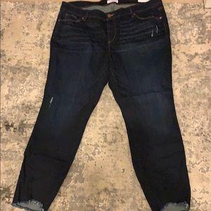 NWT Loft Skinny Jeans W/Frayed Hem